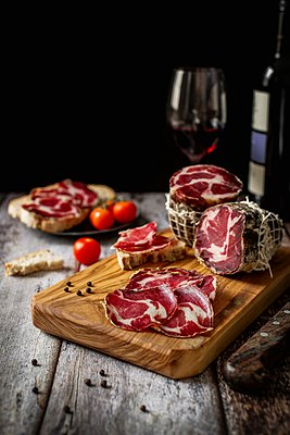 Pork capocollo - p1392m1441543 by Federica Di Marcello