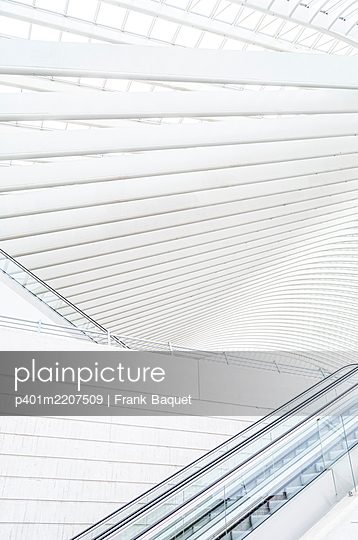 Liège-Guillemins station in Liège - p401m2207509 by Frank Baquet