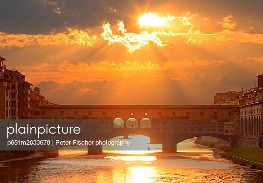 p651m2033678 von Peter Fischer photography