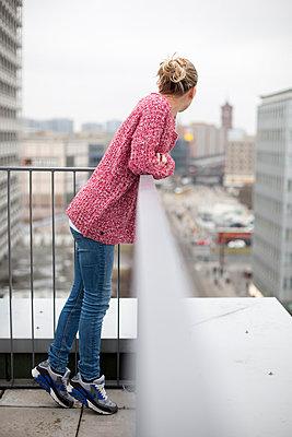 Aussicht über Berlin - p755m982343 von Henrik Pfeifer