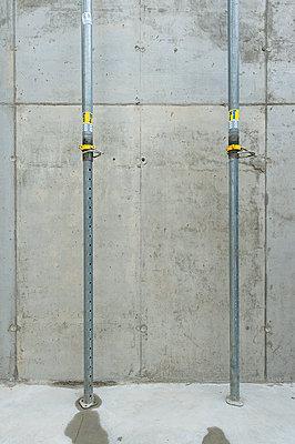 Baustelle - p427m1072631 von R. Mohr