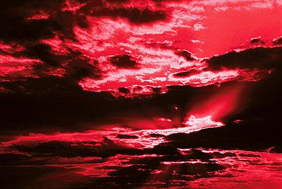 Finsterer Himmel - p4500044 von Hanka Steidle