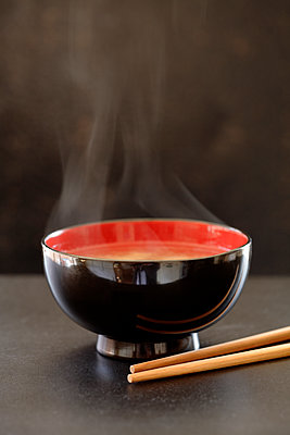 Steaming bowl of miso soup - p555m1479101 by John Block