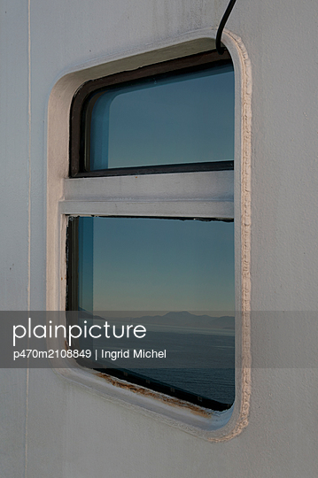 On the ferry in Scotland - p470m2108849 by Ingrid Michel