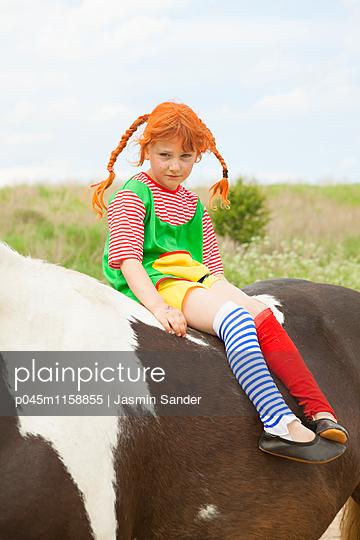 Mürrische Pipi Langstrumpf - p045m1158855 von Jasmin Sander