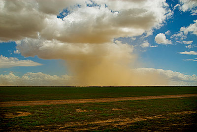 Dust storm, Hay Plain - p1125m918033 by jonlove