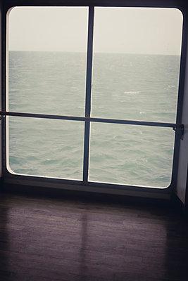 Schlechtes Wetter - p916m945691 von the Glint