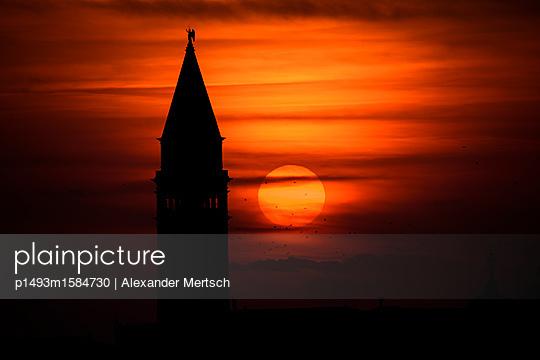 p1493m1584730 by Alexander Mertsch