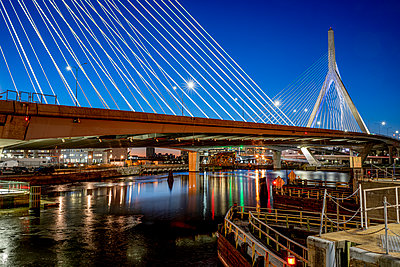 Zakim Bunker Hill Memoriam Bridge Boston - p401m2200476 by Frank Baquet