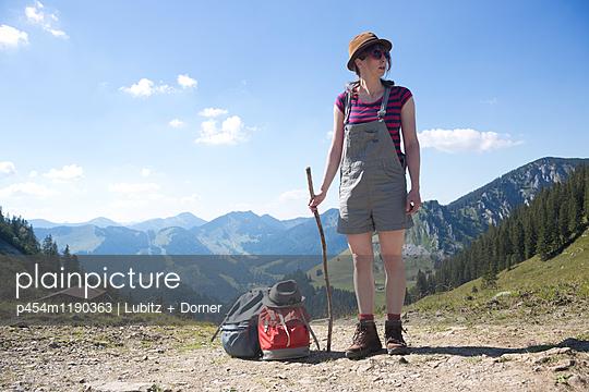 Wo geht´s lang? - p454m1190363 von Lubitz + Dorner