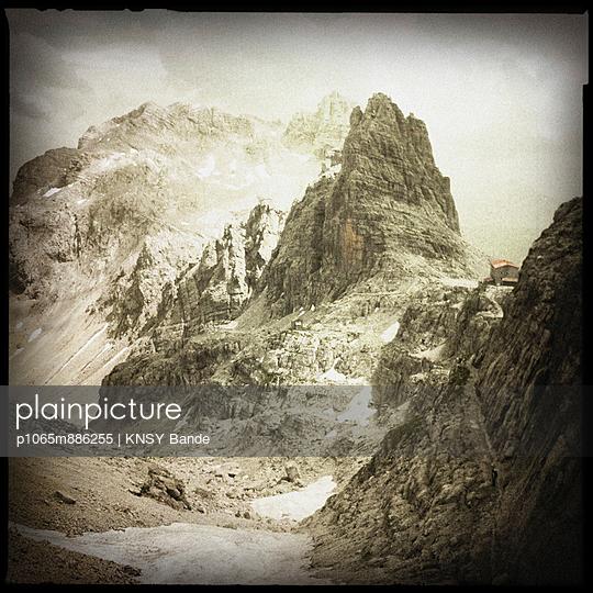 Alpen, Rifugio tosa pedrotti - p1065m886255 von KNSY Bande
