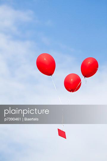 Luftballon mit Karte - p7390461 von Baertels