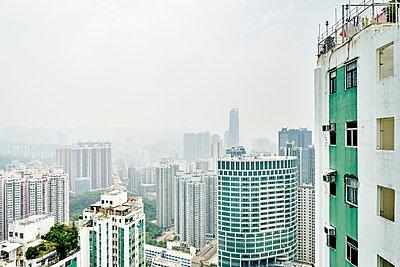 Cityscape, Tsuen Wan, Hong Kong - p429m1062868 by Gu