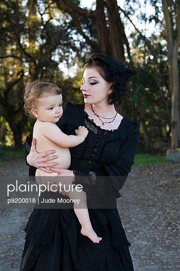 Gothic - p9200018 von Jude Mooney