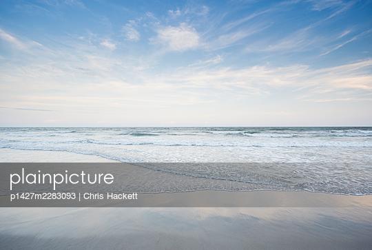 USA, North Carolina, Surf City, Sea waves on Topsail Island - p1427m2283093 by Chris Hackett