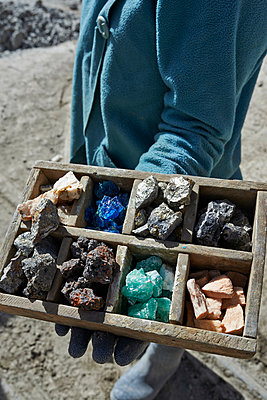 Various rock samples in wooden box - p390m1190306 by Frank Herfort