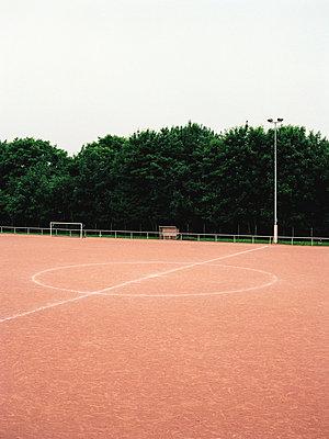 Sportplatz - p1164m951964 von Uwe Schinkel