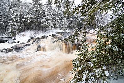 River in winter, Mersey River, Kejimkujik National Park, Nova Scotia, Canada - p884m1356837 by Scott Leslie