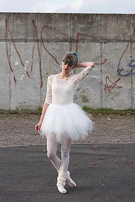 Dancing Queen - p1066m1217423 von Ulrike Schacht