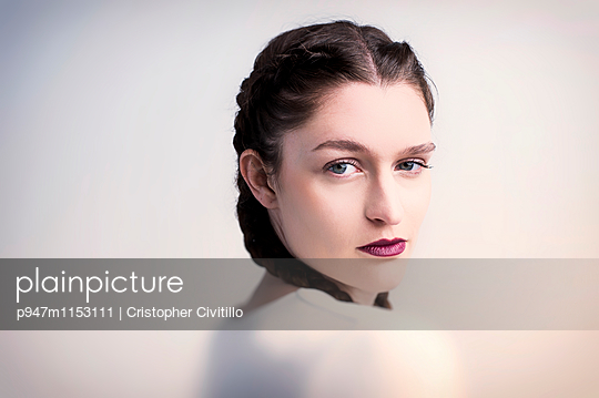 Portrait - p947m1153111 von Cristopher Civitillo