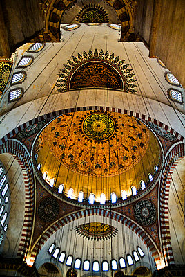 In der Blauen Moschee in Istanbul - p1135m943404 von Eugeni Gay Marin