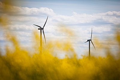 Wind power station - p1687m2284338 by Katja Kircher