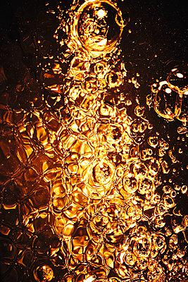 Bubbles - p851m2077362 by Lohfink