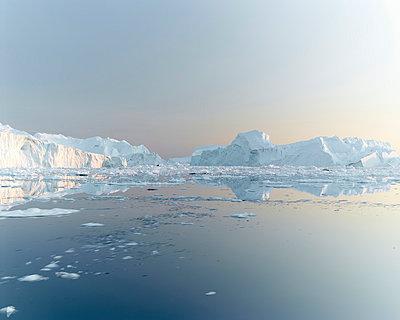 Greenland - p1087m854211 by Jorge Fuembuena