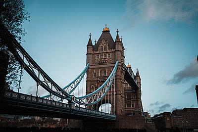 Tower Bridge at twilight, London - p1681m2263261 by Juan Alfonso Solis