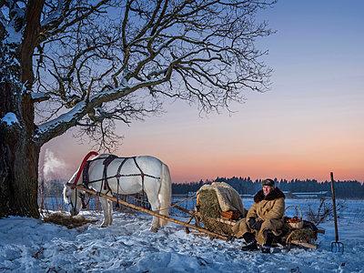 Pferdeschlitten in Russland - p390m1582815 von Frank Herfort