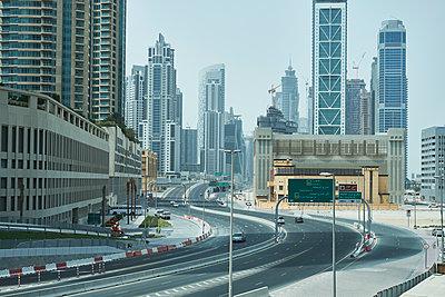 Dubai - p851m2077283 by Lohfink