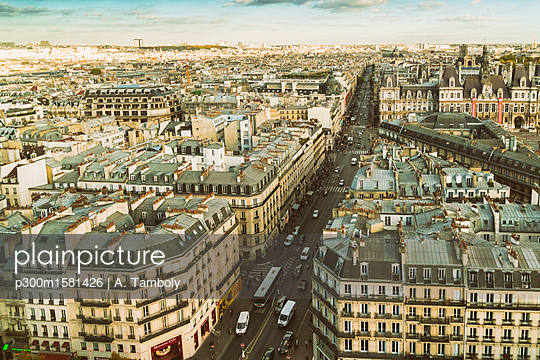 France, Paris, view to the city from above - p300m1581426 von A. Tamboly
