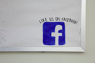 Facebook logo  - p397m2013391 by Peter Glass