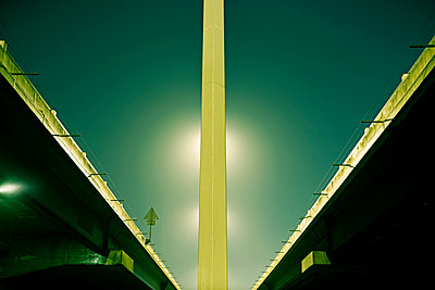 Motorway at night - p8510013 by Lohfink