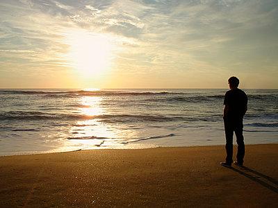 Sunset - p982m952730 von Thomas Herrmann