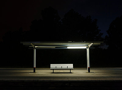 Nachts allein - p1085m855368 von David Carreno Hansen