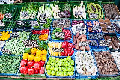Gemüse - p1205m2071596 von Toni Anzenberger