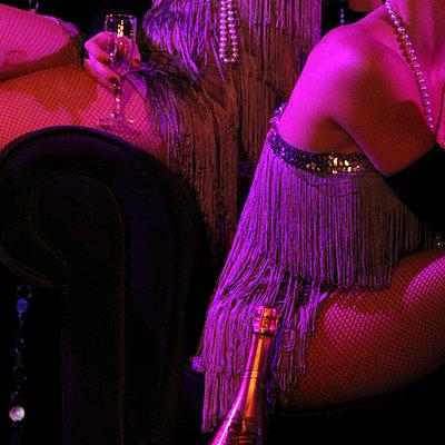 Cabaret - p1105m938763 by Virginie Plauchut