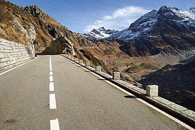 Schweiz Straße IX - p1217m1170151 von Andreas Koslowski