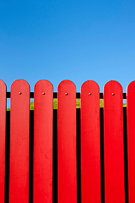 Red fence - p248m853519 by BY