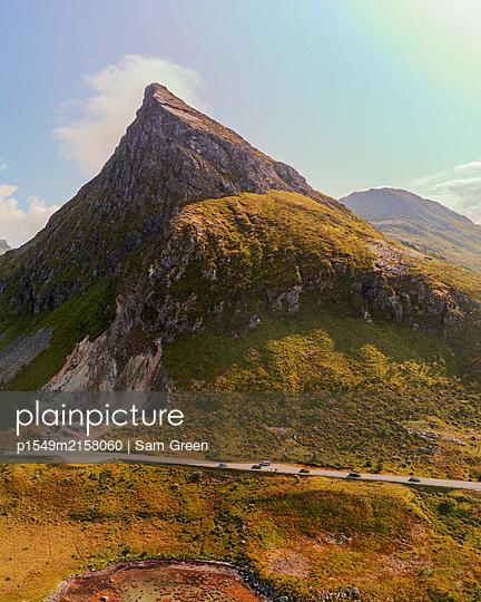 Norway, Landscape in the Lofoten - p1549m2158060 by Sam Green