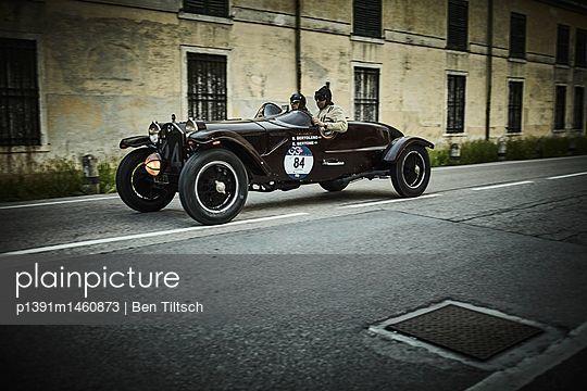 p1391m1460873 by Ben Tiltsch