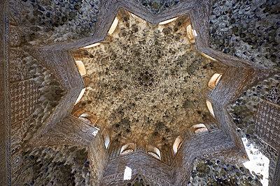 Alhambra, Ceiling - p1146m2150557 by Stephanie Uhlenbrock