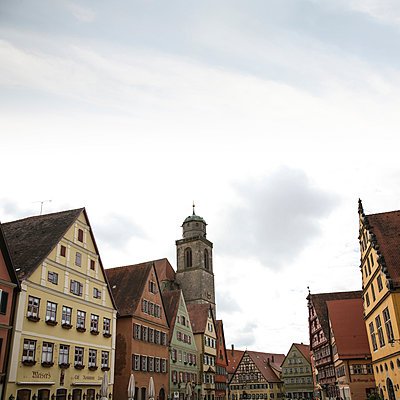 Rothenburg ob der Tauber - p1038m1064360 by BlueHouseProject
