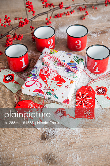 Weihnachtsgeschenke - p1288m1161563 von Nicole Franke