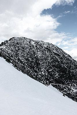 Majestätisches Bergmassiv - p354m1467153 von Andreas Süss