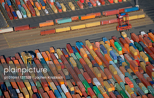 Container harbour - p1016m1137528 by Jochen Knobloch
