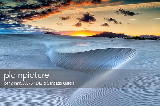 Sand dunes, near Corralejo, Fuerteventura, Canary Islands, Spain, Atlantic, Europe - p1424m1500876 by David Santiago Garcia