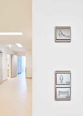 Pictograms in hospital  - p1119m1424359 by O. Mahlstedt