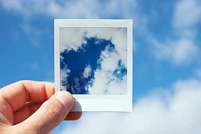 Polaroid of sky - p1423m2057224 by JUAN MOYANO